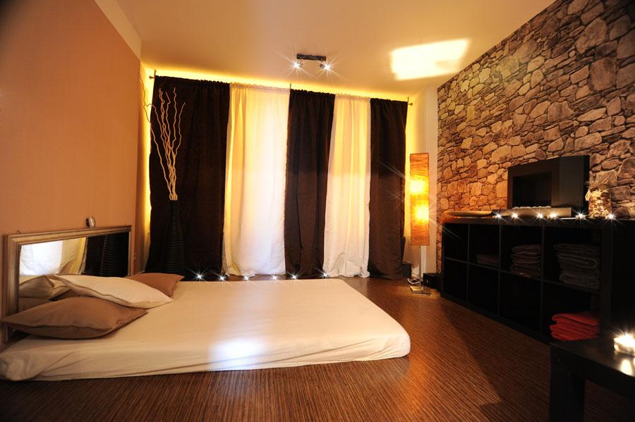 erotische-massage-frankfurt-pams-lounge